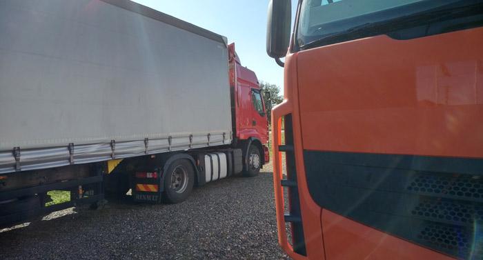 2big trucks VIC TRANS
